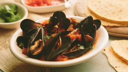 Sautéed Mexican Mussels with Chorizo and Tequila (Mejillones Con Tequila)