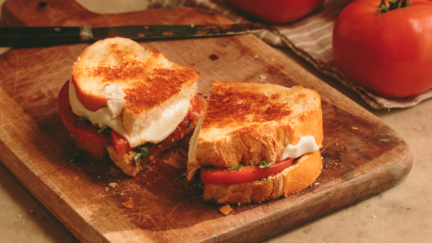 Tomato and Pesto Grilled Cheese Bruschetta Sandwich