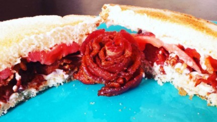 Tomato Sandwich with Bacon Rose